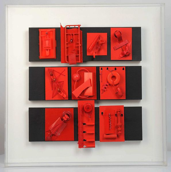 Mad collection rouge 70x70x10cm 2013 b n